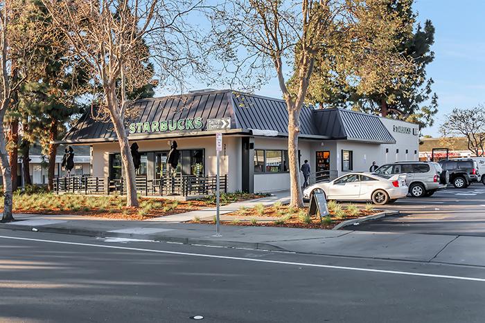 Newark-Starbucks
